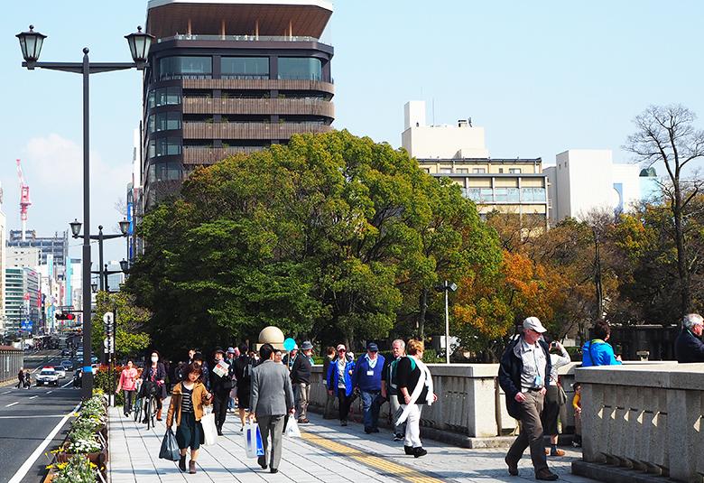 折鶴タワー